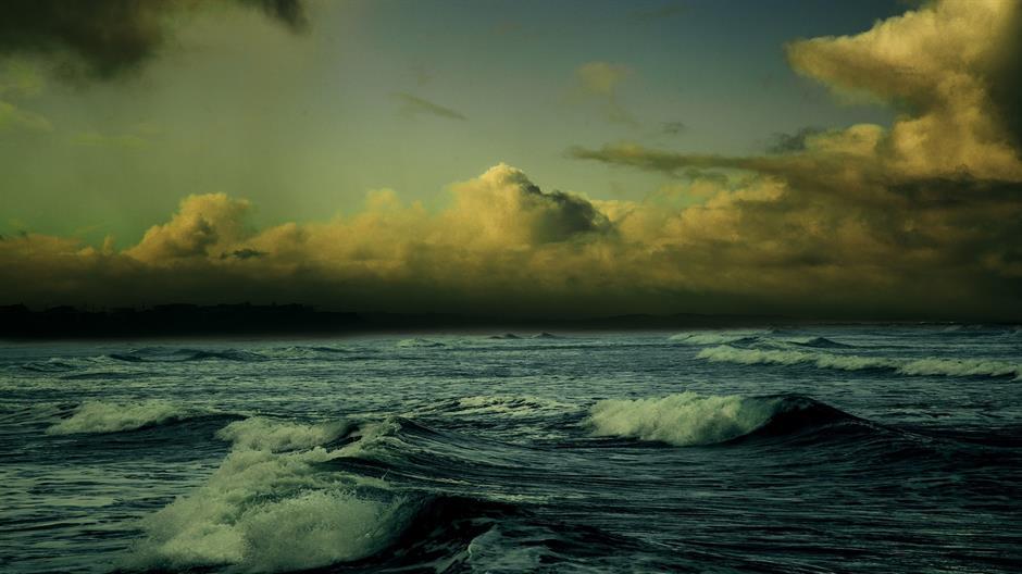 beach-863346_1920