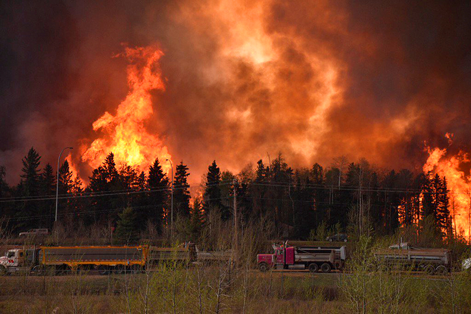 Wildfire is worsening along highway 63 Fort McMurray, Alberta