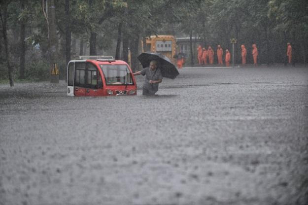 Heavy Rain Hits North China